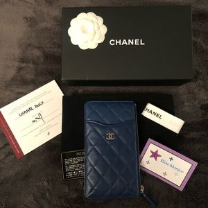 Authentic CHANEL Lambskin Card Holder/Pouch